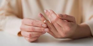 woman-share-biggest-divorce-regrets-1520526331